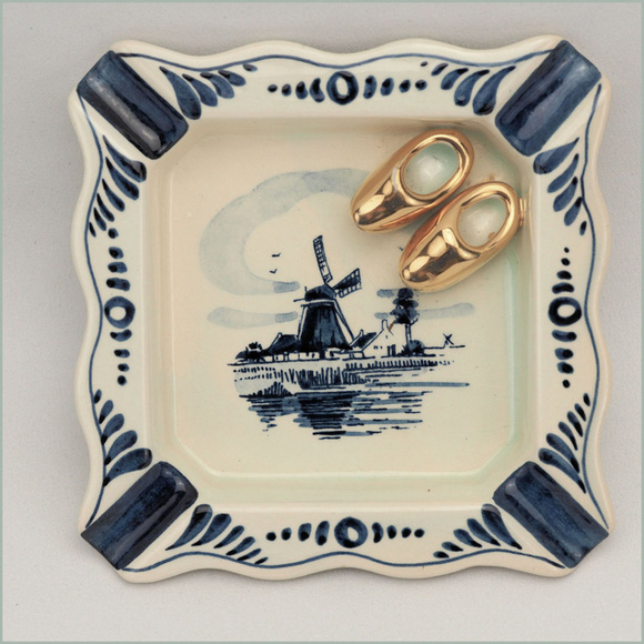 Delft Holland Other - Vintage Delft Hand Painted Ashtray Holland